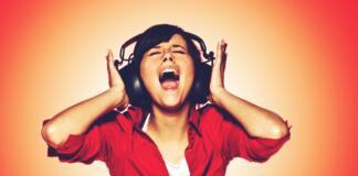 how to make headphones louder windows 10